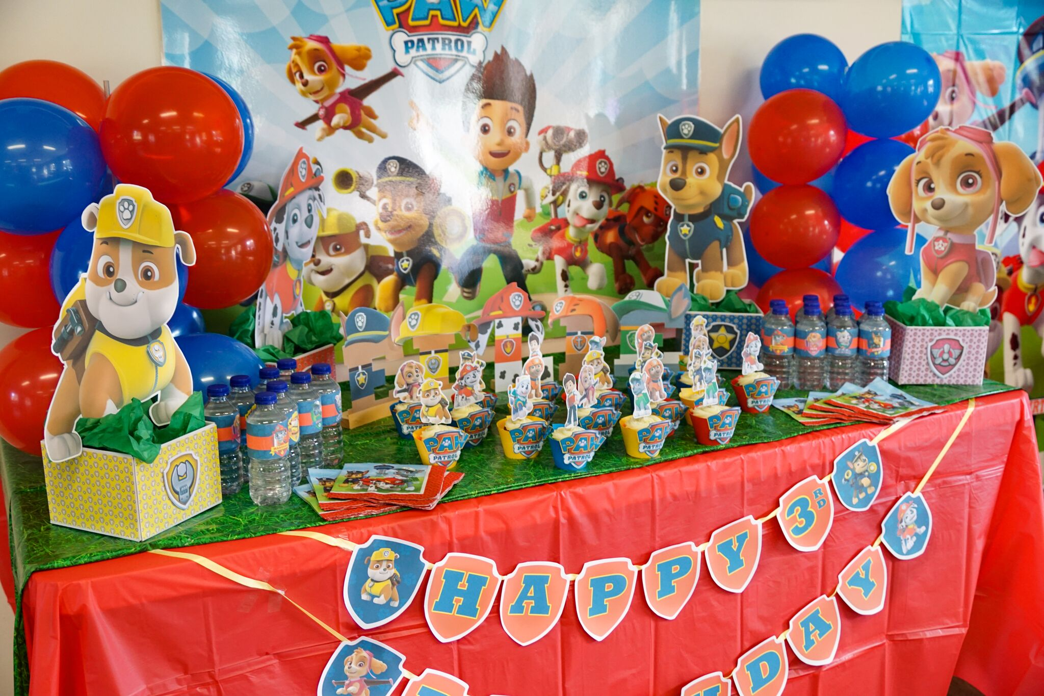 Paw Patrol Happy Birthday Banner | Learn how to make with ...